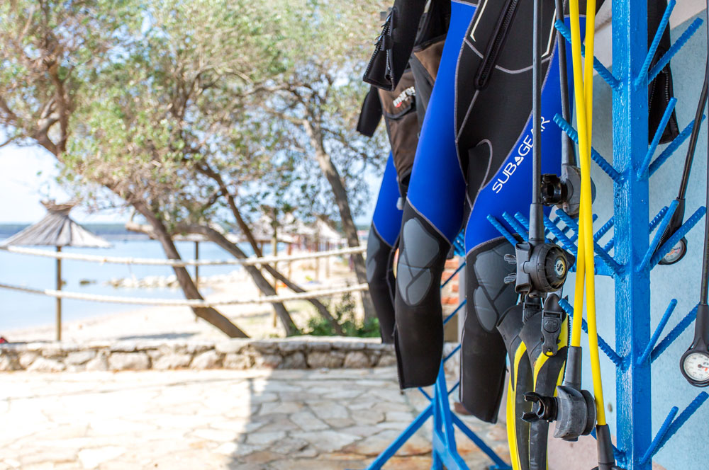 Equipment von SCUBAPRO & MARES | DIVE CENTER KRK